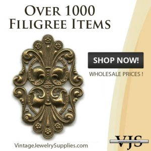 over-1000-filigree-items-vintagejewelrysupplies.com